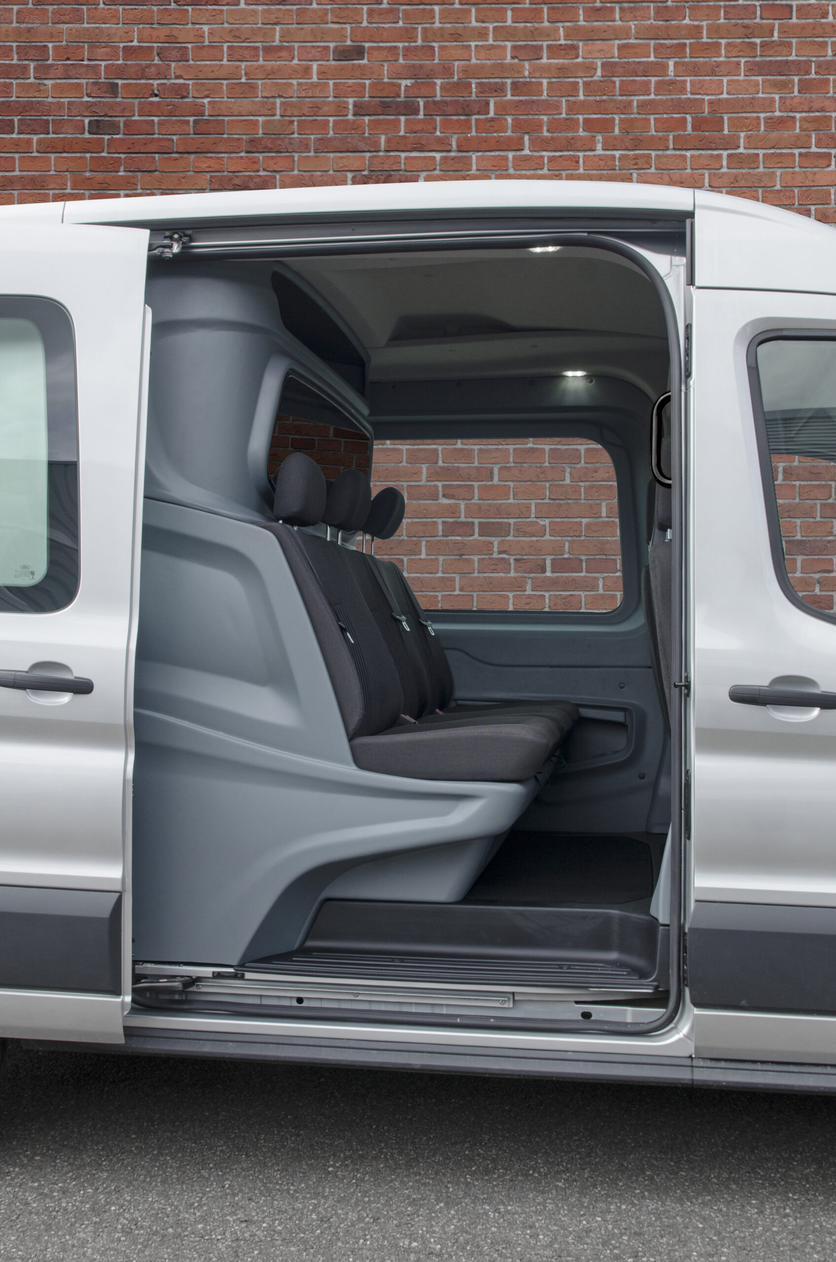 Ford Transit Crew Van with safety partition by Snoeks