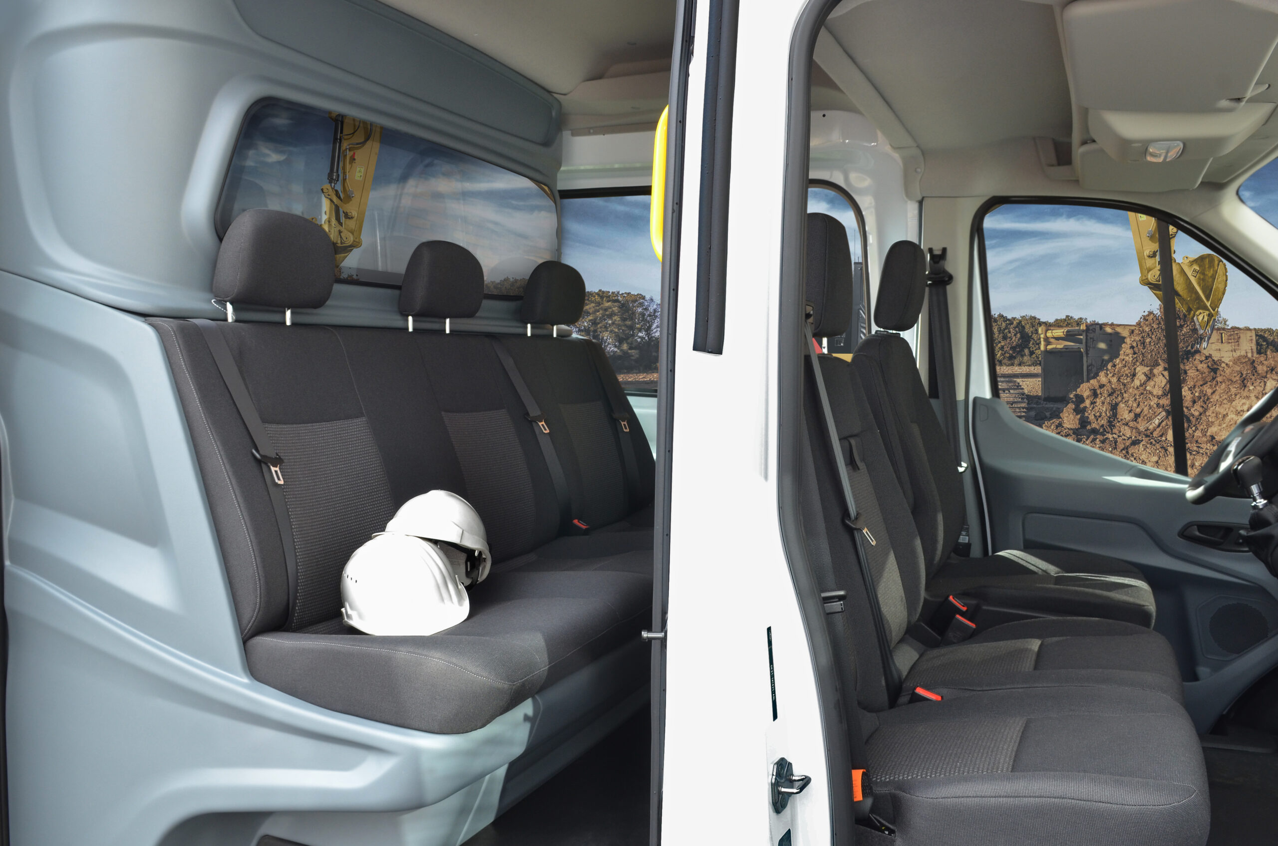 Ford Transit Crew Van conversion by Snoeks Automotive