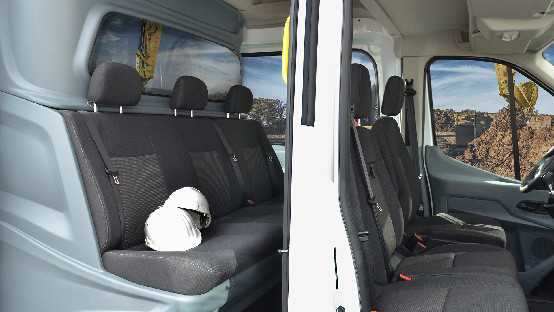 Ford Transit Crew Van reviewed by Roush Engineering